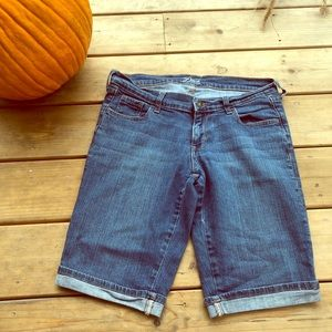 Old Navy the Diva Jean Bermuda Shorts Sz 8